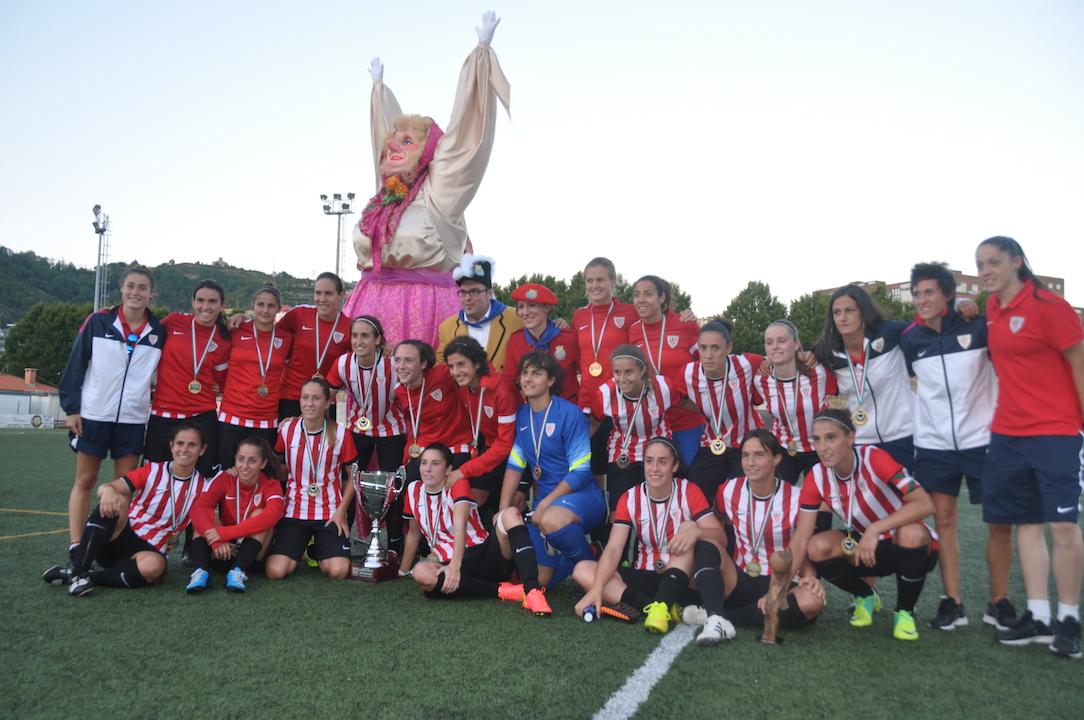 Athletic hirugarrenez garaile Euskal Herriko Emakumezkoen Futbol Kopan