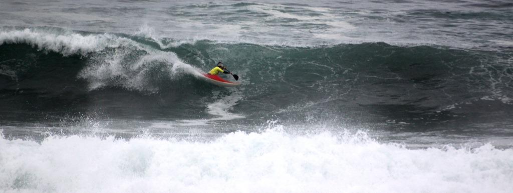 Euskal Kayak Surf Kopako lehen jardunaldia