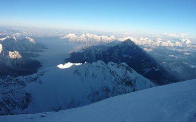 Everest etxekoentzat ireki egingo dute