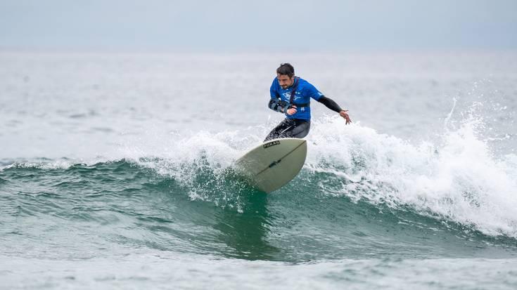 Ibon Mugertzak kobrezko medaila lortu zuen surf egokituko Munduko Txapelketan