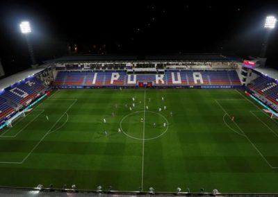 """[EiTB] Futbol girorik ez Ipuruan, Eibarren eta Realaren arteko euskal derbian (1'03"""")"""