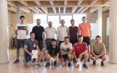 16 pilotari arituko dira Nafarroako erremonte enpresa berrian