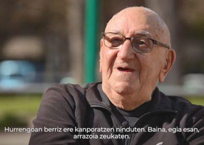 """[EiTB/Helmuga] Xabier Añua, bizitza bizitzen (26'14"""")"""