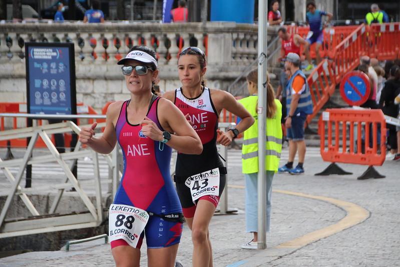 Maddi Marquet eta Ander Garcia garaile Lekeitioko Triatloian